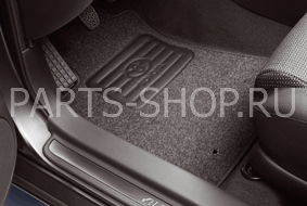 Коврики в салон велюр Avensis