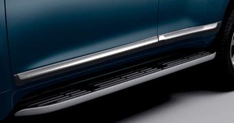 Молдинги боковые на двери LC150 с хром вставкой (поставляются в цвет авто)