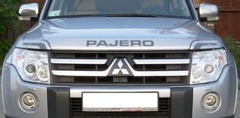 Дефлектор капота серебристо-серый Pajero 2007-