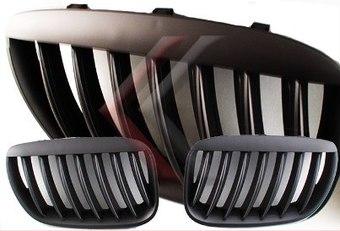 Решетки черные матовые 04-06' BMW E53 X5. Цена по запросу