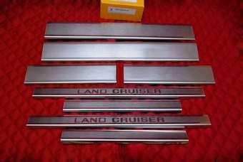 Накладки на пороги land cruiser 200 (8 частей)