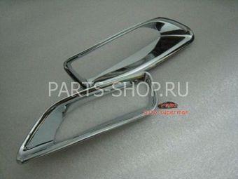 Накладки на задние противотуманные фонари Corolla 2011-