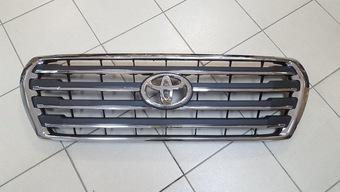 Решетка радиатора на LC200 дизайн Original от 2012 года