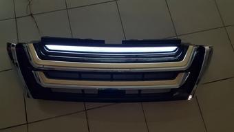 Решетка радиаторная prado 2014, с подсветкой