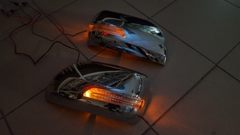 Корпуса зеркал LC200 с повторителями поворота, как на рестайле