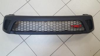 Решетка радиатора trd для hilux, revo 2016
