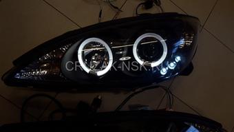 Фары линзовые с ангельскими глазками на Toyota Camry 01-06г.