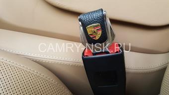 Заглушка ремня безопасности с логотипом (комплект 2 шт.)