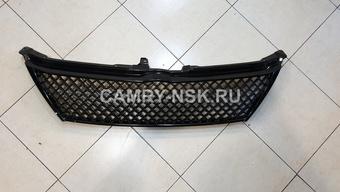 Решетка радиатора Camry50 стиль Bentley черная