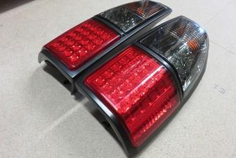 Фонари задние светодиодные тонированные Toyota Land Cruiser Prado 95
