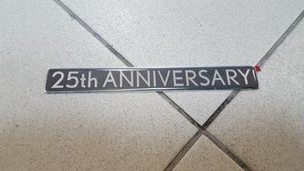 Эмблема 25 ANNIVERSARY