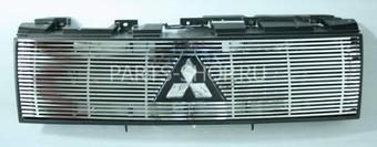 Решетка радиатора хромированная Pajero 2007-