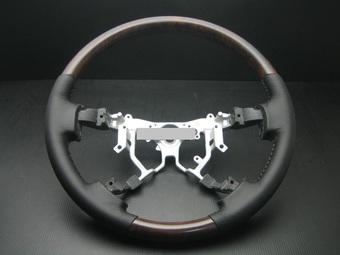 Руль LC200 классический кожаный с деревянными вставками