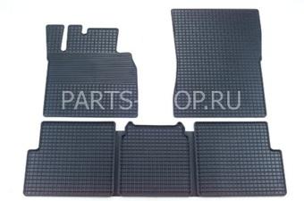 Комплект резиновых ковриков салона W463