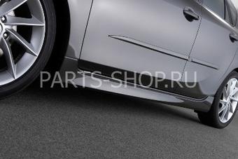 Накладки на пороги на Mazda 3 2009-