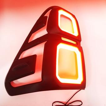 Накладки на задние фонари 3D, с подсветкой Hilux, Revo 2015+