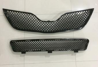 Решетка радиатора и переднего бампера Camry40 дизайн Bentley 09- (черные)