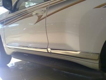 Молдинги боковые на двери LC150 хромированные