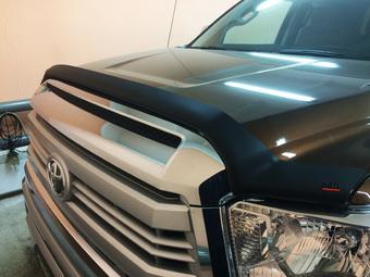 Дефлектор капота Toyota Tundra 2014-