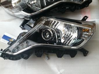 Фары передние линзовые Land Cruiser 150 Prado с ходовыми огнями и LED блоками (комплект)