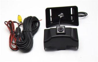 Камера переднего вида LC150 (под эмблемой решетки радиатора)