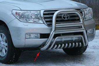 Защита переднего бампера LC200