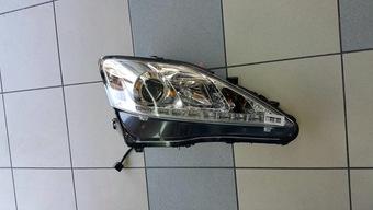 Фары lexus is250 с ходовыми огнями