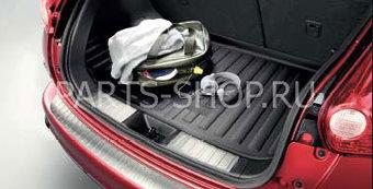 Накладка на порог багажника Nissan Juke