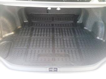 Коврик в багажник Camry 50 полиуретановый 2.5L