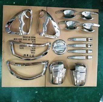 Комплект хромированных накладок L200 с зеркалами с повторителями