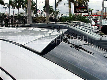 Козырек на заднее стекло W203 (с вырезом под антенну)