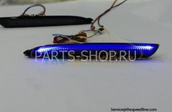 Задние противотуманные фонари с синей подсветкой на Mazda 3 2009-
