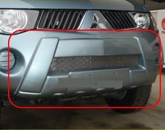 Накладка на передний бампер Mitsubishi Triton L200 05-14