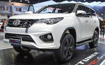 Обвес TRD для Toyota Fortuner 2015-2019