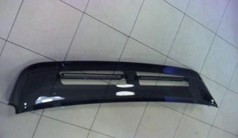 Дефлектор заднего стекла Toyota LC 100 OEM.