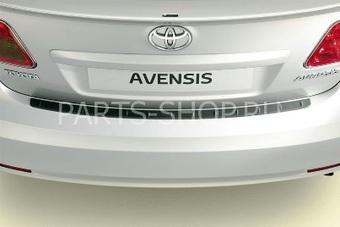 Накладка на задний бампер (черная) на Avensis 2009- седан