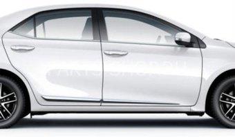 Хромированные молдинги дверей Toyota Corolla 2013-