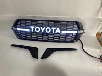 Решетка LC200 15+ стиль LC300 GR с подсветкой