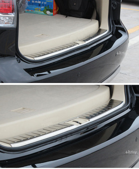 Защитная накладка на пластик в багажнике