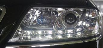 Фары передние на Audi A6 хромированные линзовые с диодной подсветкой