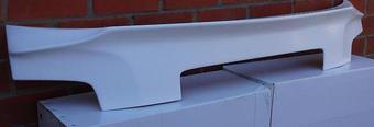 Спойлер задний под стекло на крышку багажника
