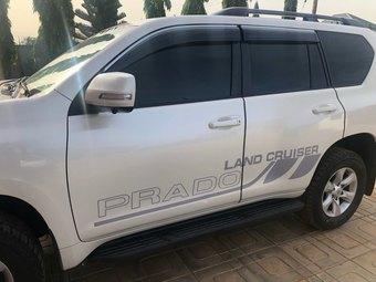 Наклейки на кузов для prado