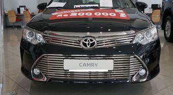 Решетка в бампер Camry 2014- (нижняя часть)