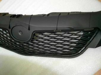 Решетка радиатора corolla 2008