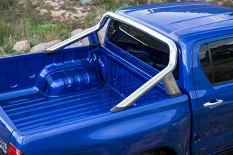 Трубы в кузов автомобиля hilux 2015