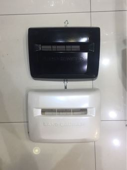 Заглушка на передний бампер LC200 под лебедку (чёрная, белая)